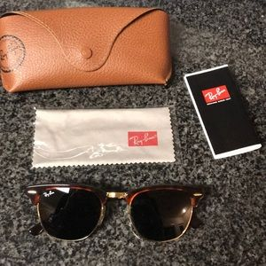 Ray-Ban Clubmasters | Authentic & Classic Style